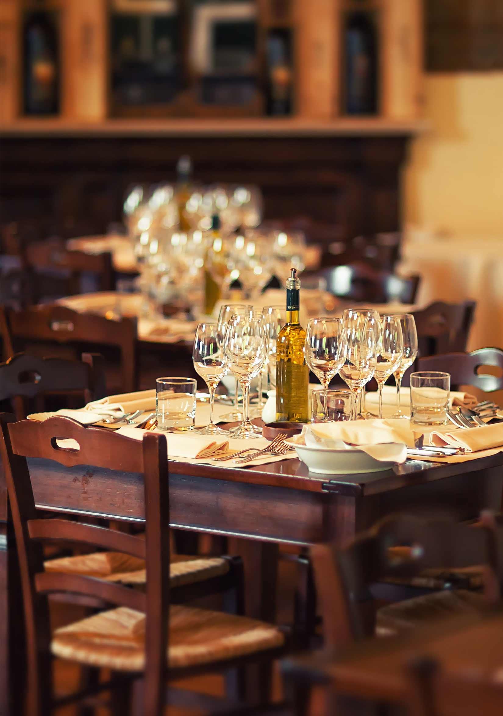 dining left img - ALGEMENE INFORMATIE
